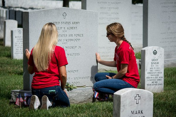 Freedom Alliance Scholarship Recipients Visit Arlington National Cemetery